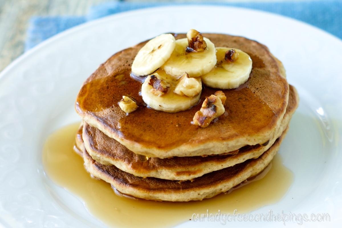 Pre-Dawn Banana Bread Pancakes