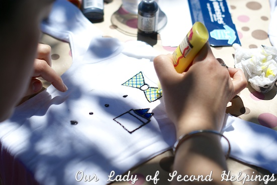 Decorate onsies or bibs at a baby shower | Our Lady of Second Helpings